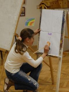 Различные краски на занятии «В мастерской художника»
