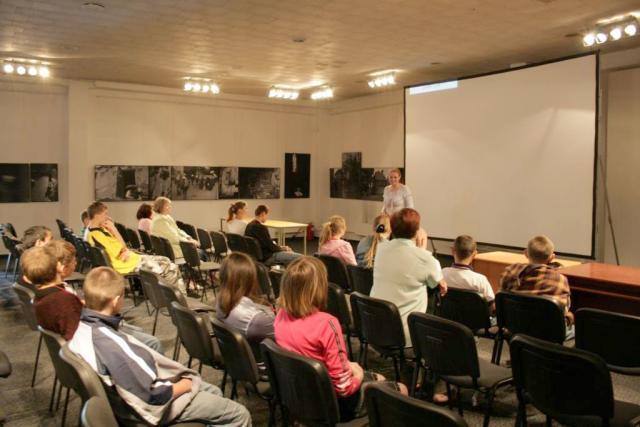 Работа в мультимедийном кинотеатре в Калининграде