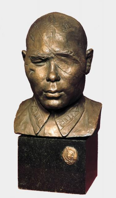 Мухина В.И. Портрет Героя Советского Союза полковника Б.А.Юсупова. 1942
